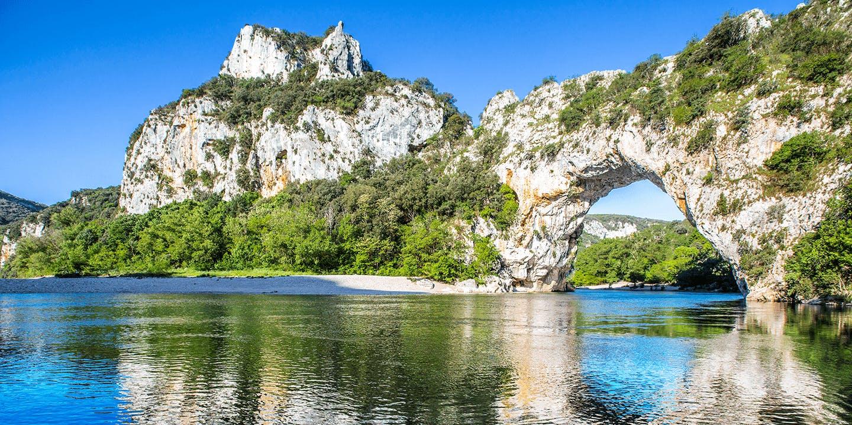 Le magnifique Pont d'Arc en Ardèche