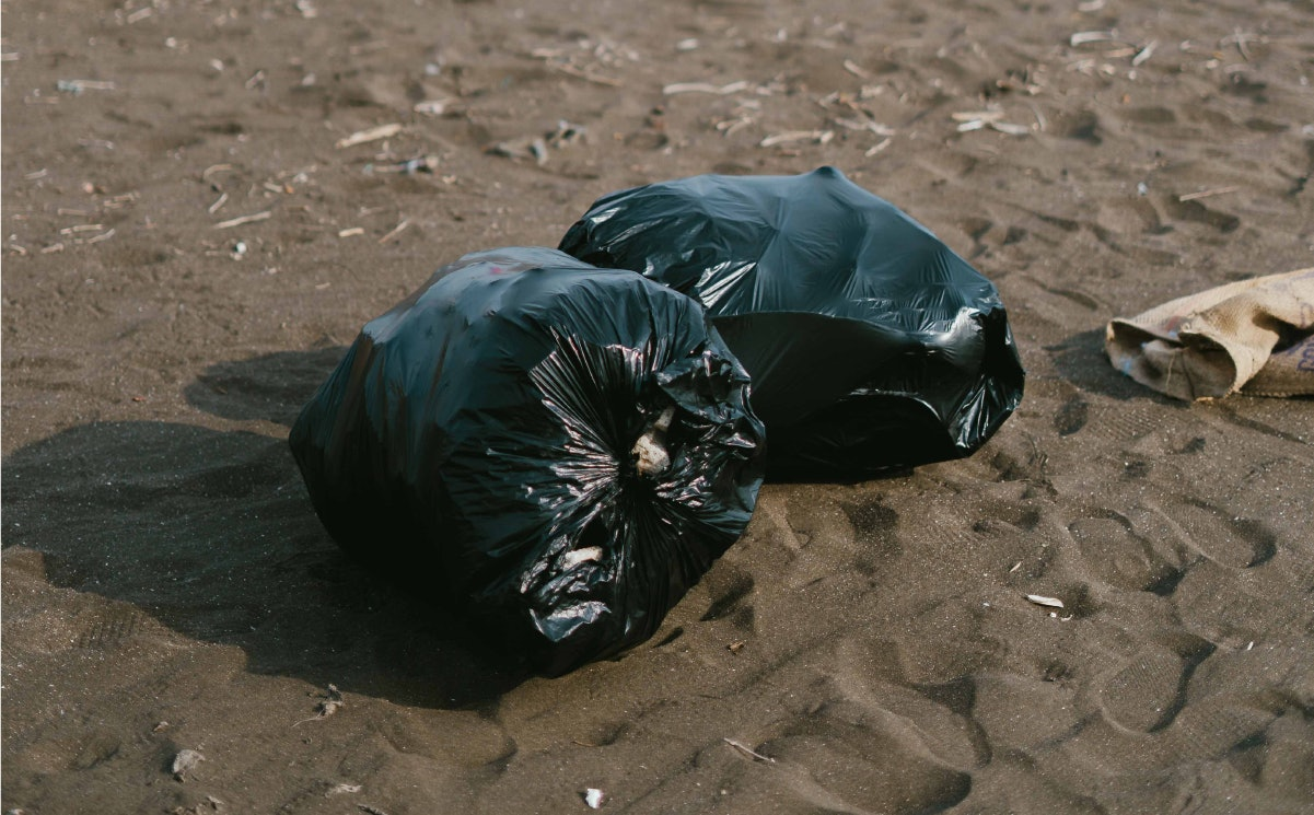 Environmentally friendly companies can reduce plastic consumption and microfibers in rainfall