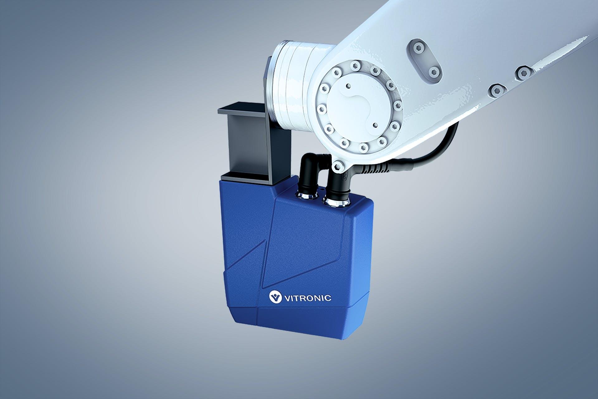 Das Auto-ID-System VIRO WSI von VITRONIC an einem Roboterarm