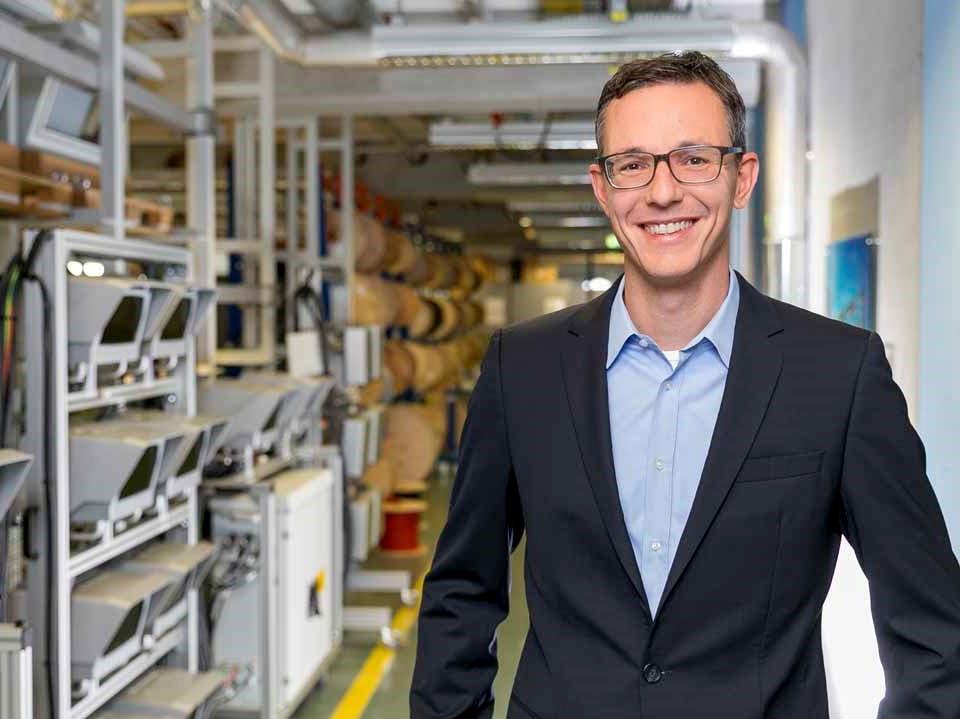 Die regionale Wirtschaft hat ihr neues Parlament gewählt, neues Mitglied ist VITRONIC-Geschäftsführer Daniel Scholz-Stein.