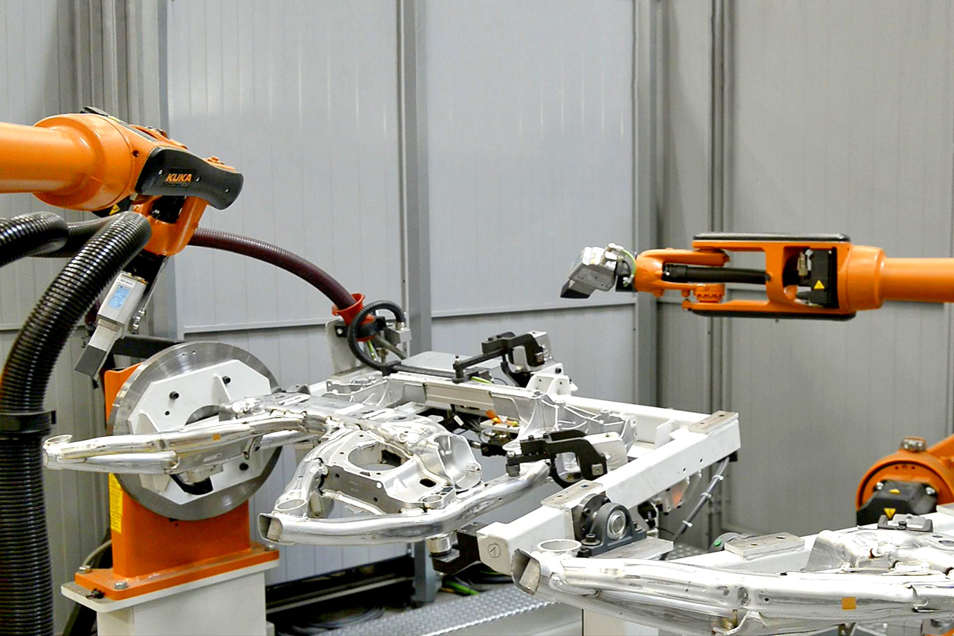 Greater Production Safety in Axle Manufacturing