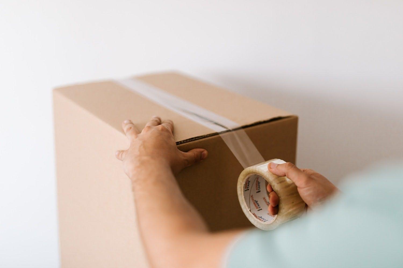 per spedire con vidra non hai bisogno di stipulare contratti con i servizi di consegna