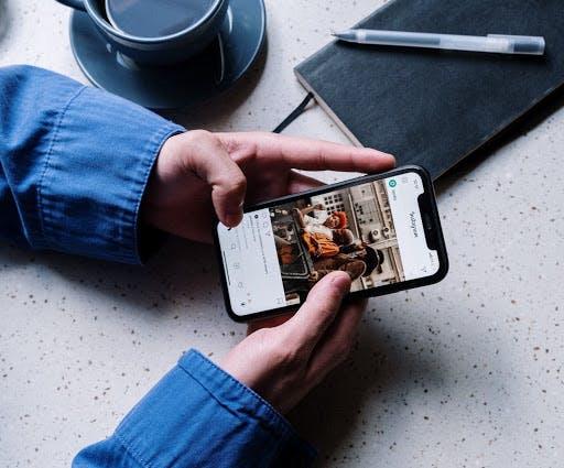 cos'è il social commerce e come funziona la vendita sui social media