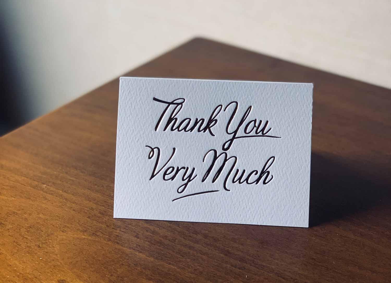 come preparare un pacco da spedire biglietto di ringraziamento
