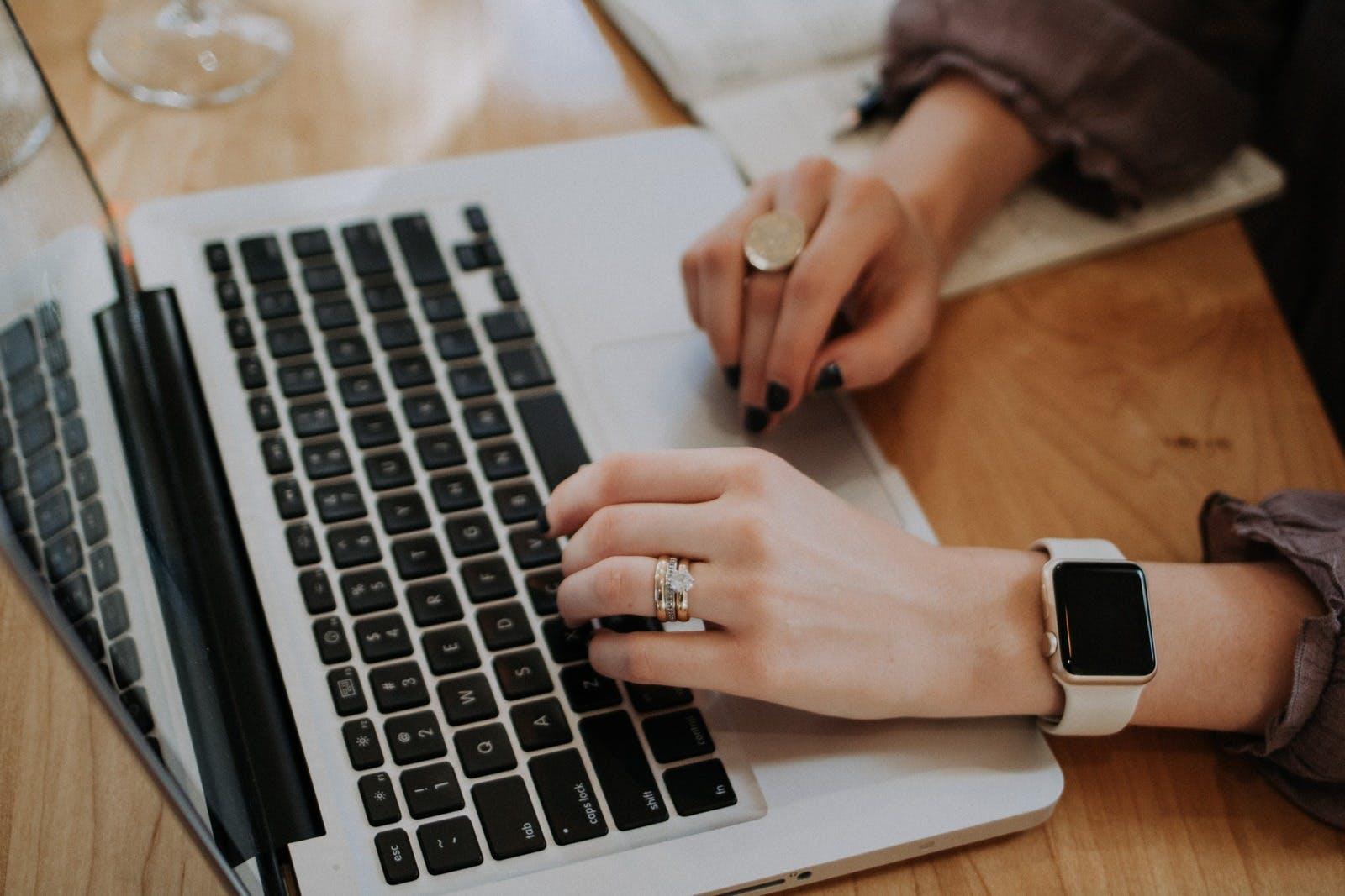 cura immagine aziendale con blog per ecommerce
