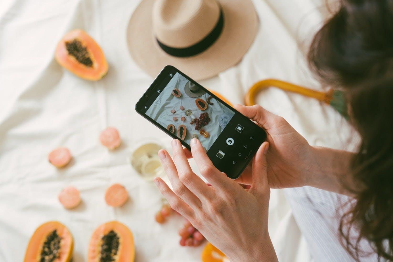pubblicizzare un ecommerce sui social media Facebook instagram
