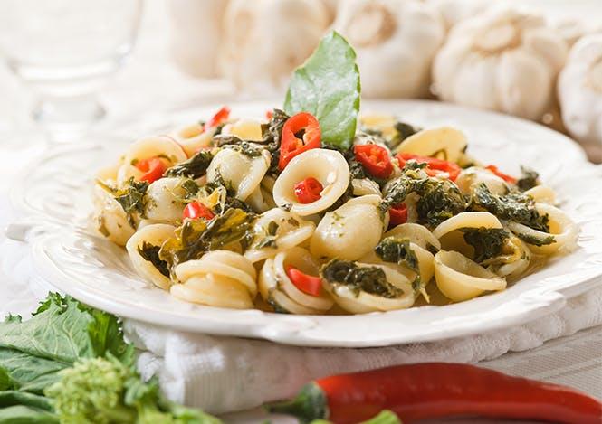 <p>Orecchiette con le cime di rapa</p> -  Puglia