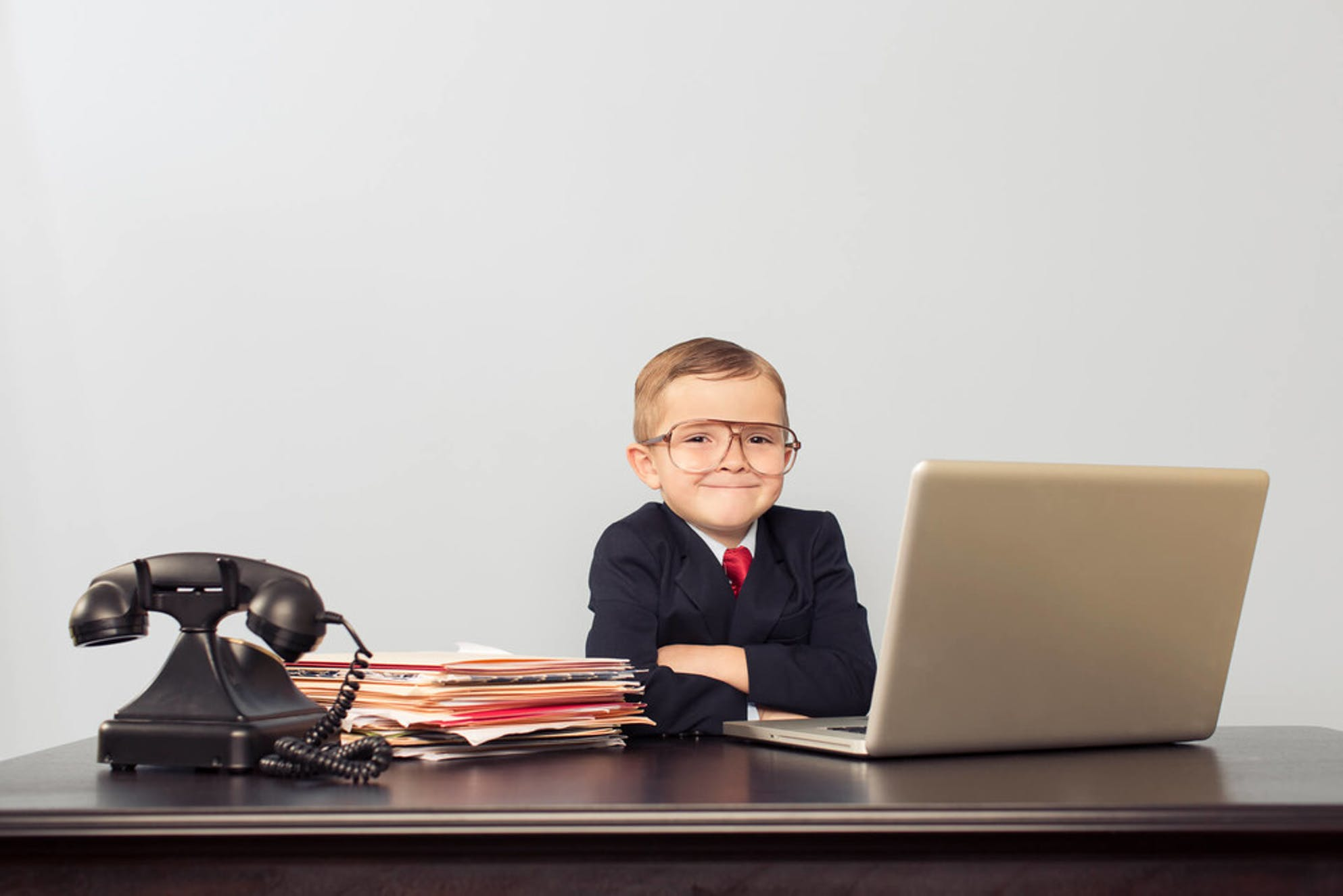 kid in front of laptop has no idea how to shop for mortgages