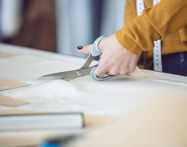 Atelier: Schnittmuster zuschneiden