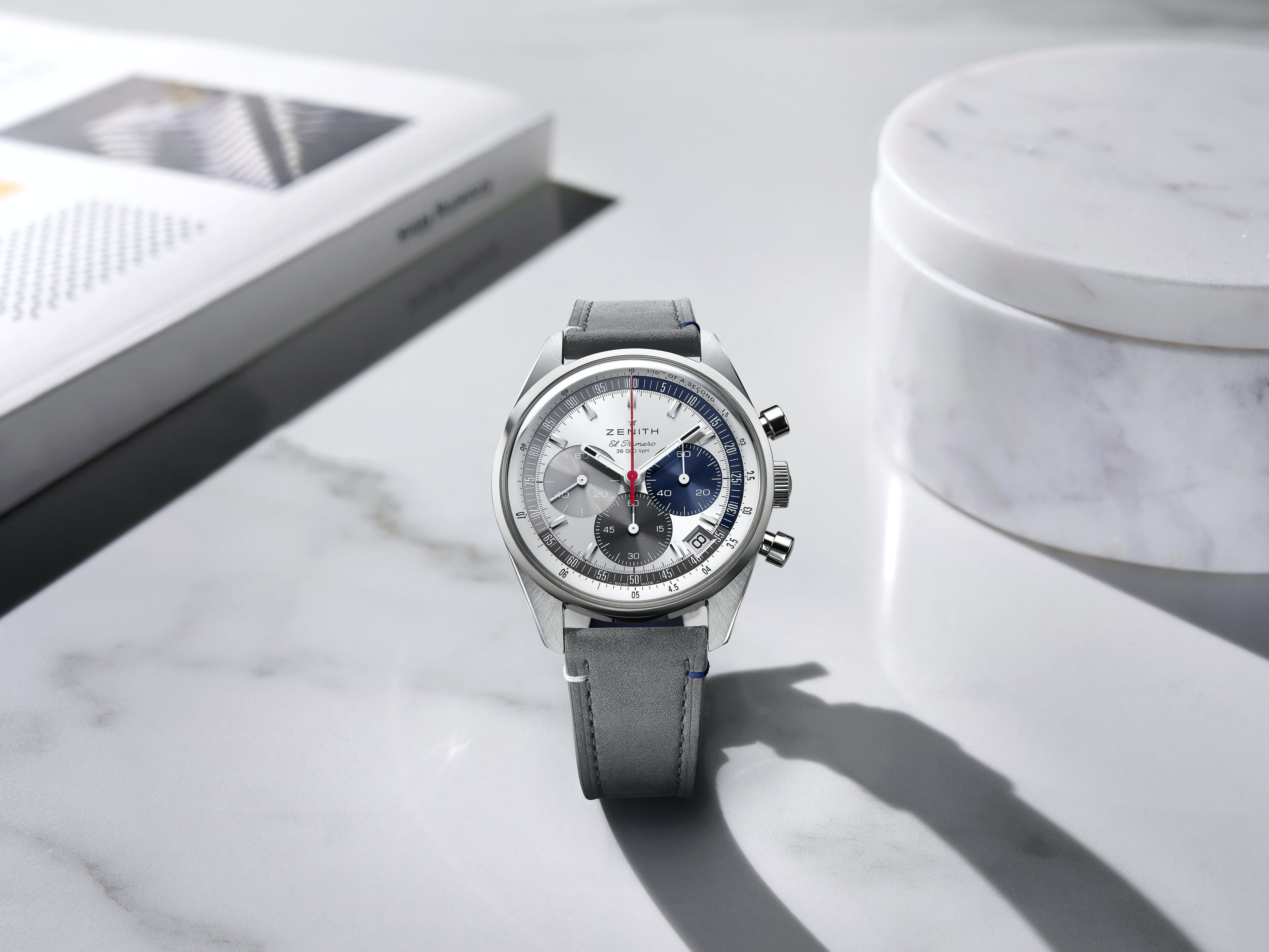 ZENITH CELEBRATES ONE OF ITS MOST EMBLEMATIC DESIGN ELEMENTS IN THE TRI-COLOURFUL ONLINE-EXCLUSIVE CHRONOMASTER ORIGINAL