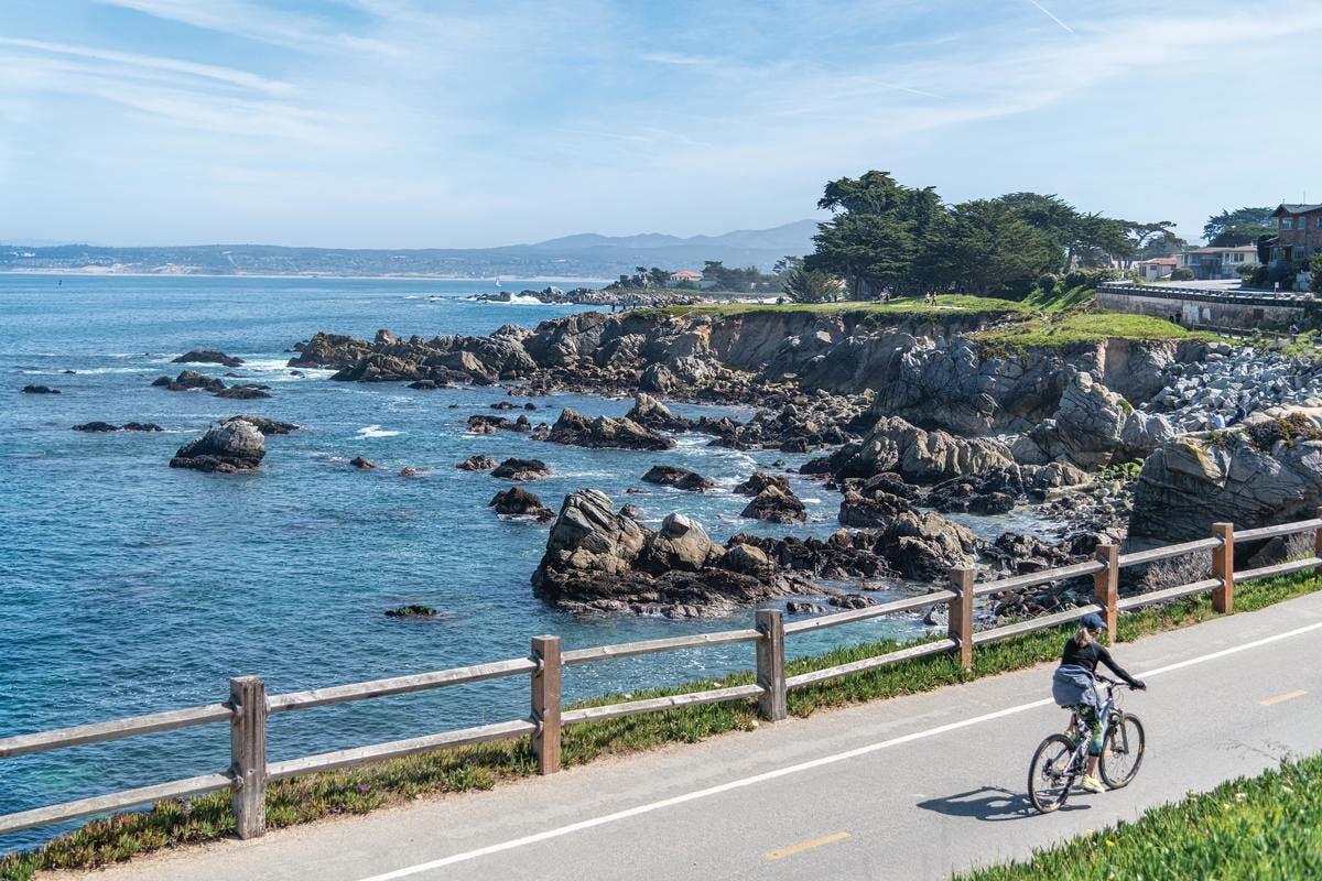 bike on the Monterey Bay Coastal Recreation Trail