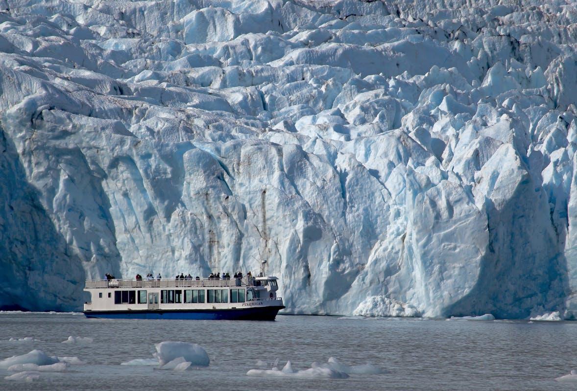Ptarmigan Portage Glacier Boat Ride near Anchorage