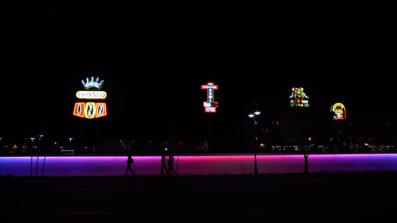 Neon Line Wind Wall in Reno