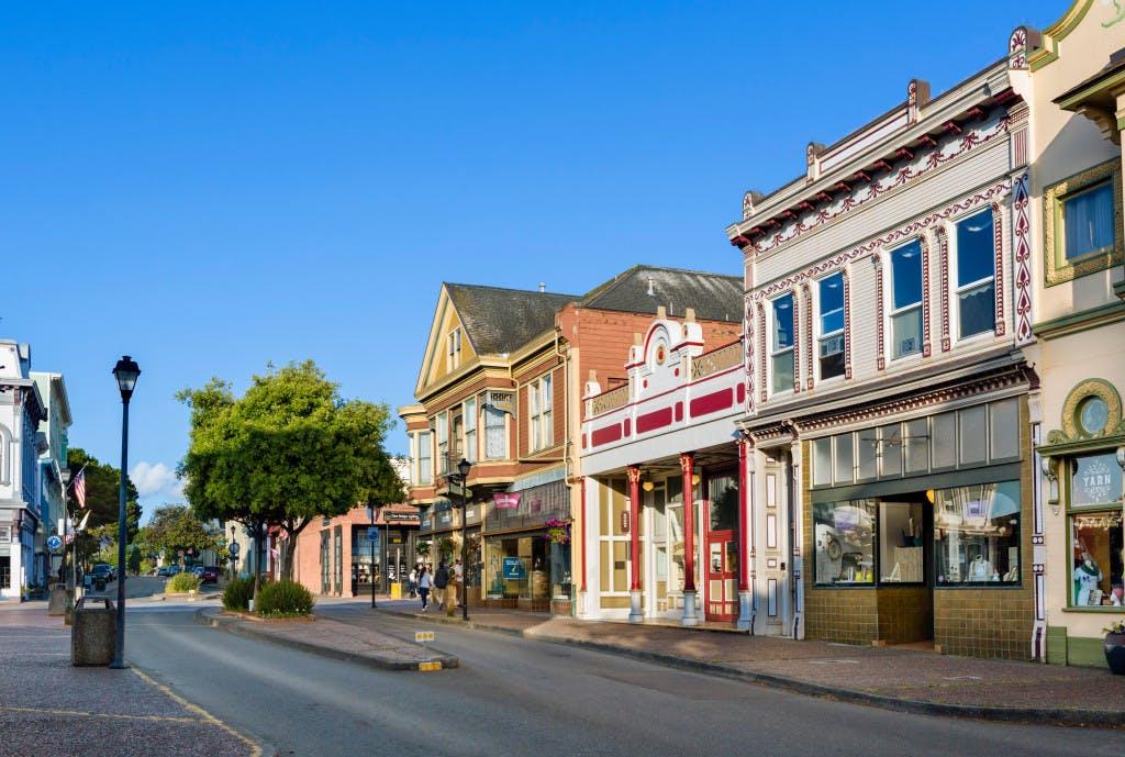 2nd-street-in-downtown-eureka-humboldt-county-california-usa-image-jpeg