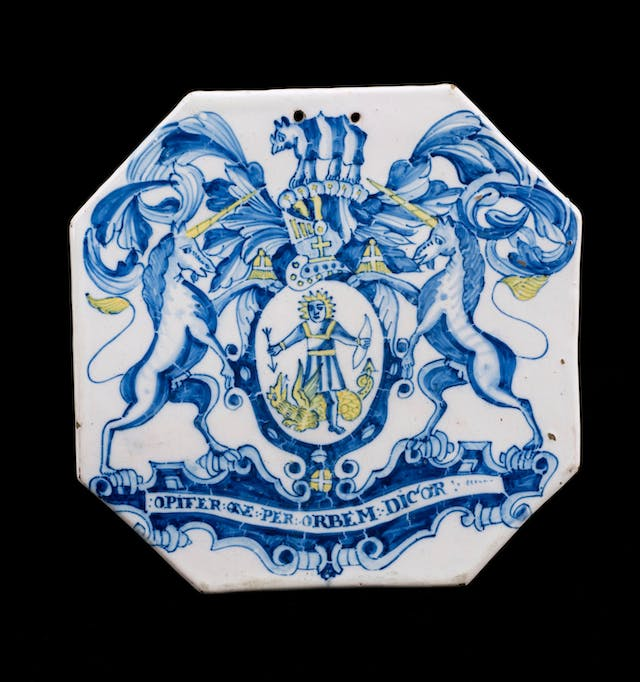 17th century octagonal pill tile featuring the coat of arms of the Royal Society of Apothecaries, London