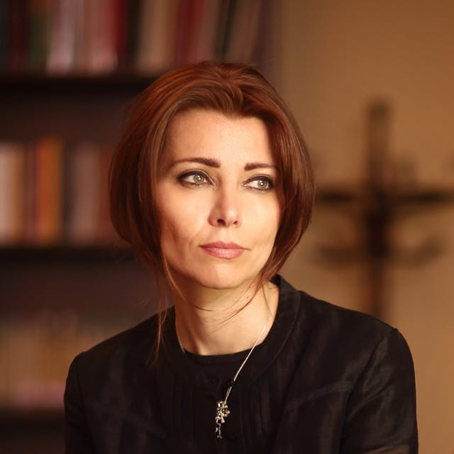 Photograph of Elif Shafak