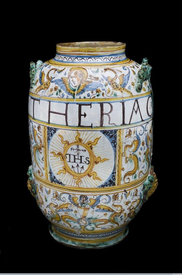 Display jar for theriac