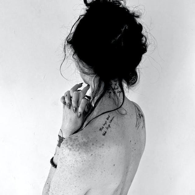 Photograph of Johanna Hedva