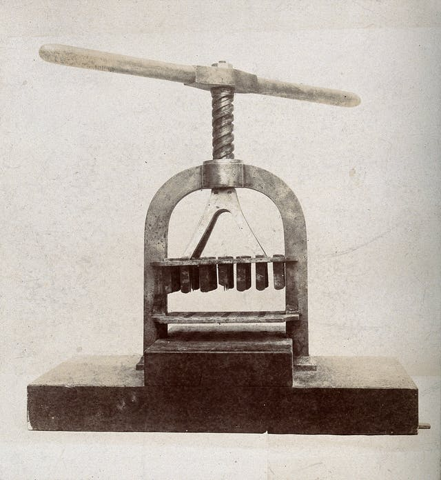 Photograph of a machine used in a lazaretto in Venice, to disinfect letters and papers belonging to Plague Victims.