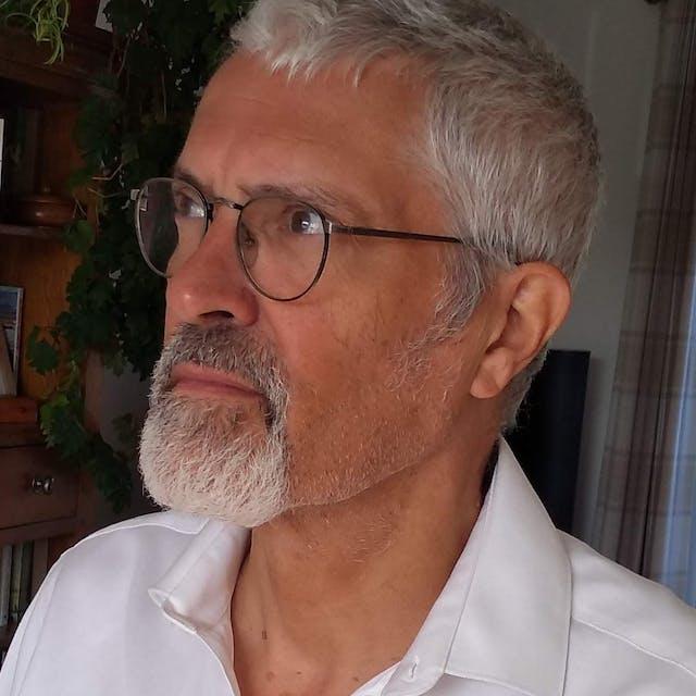 Photograph of Steve Barker