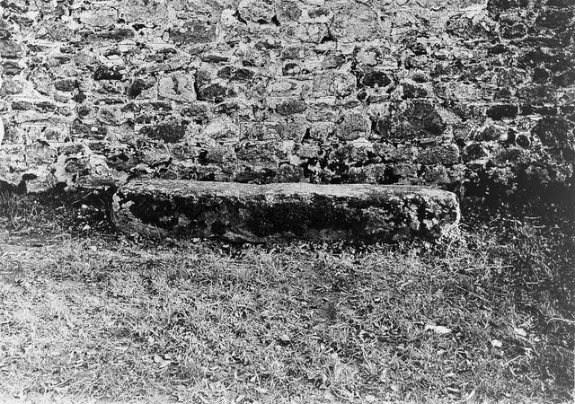 Mortsafe at Inverurie graveyard, Aberdeenshire