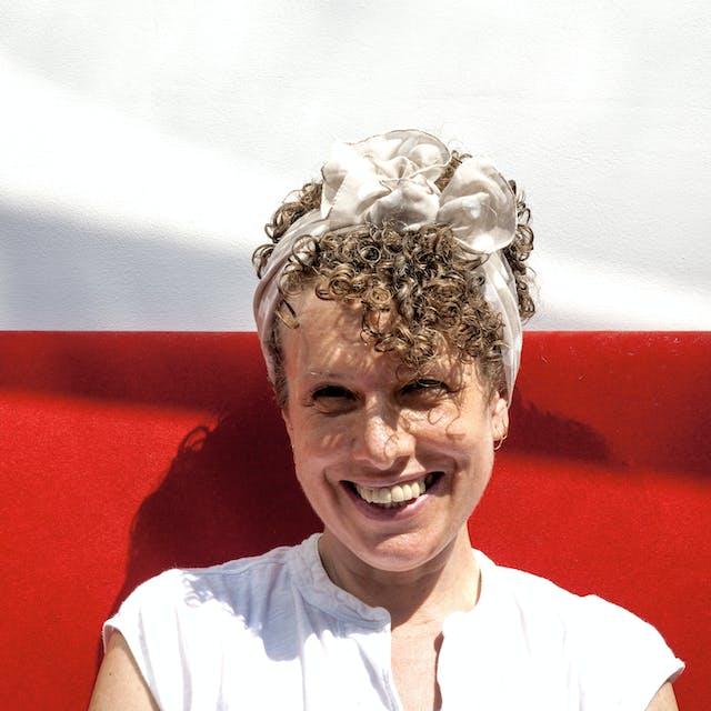 Photograph of Naomi Woddis