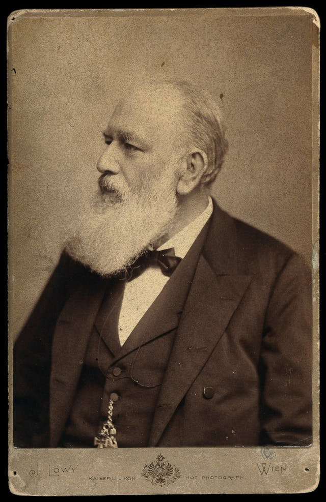 Black and white photograph of Christian Albert Theodor Billroth.