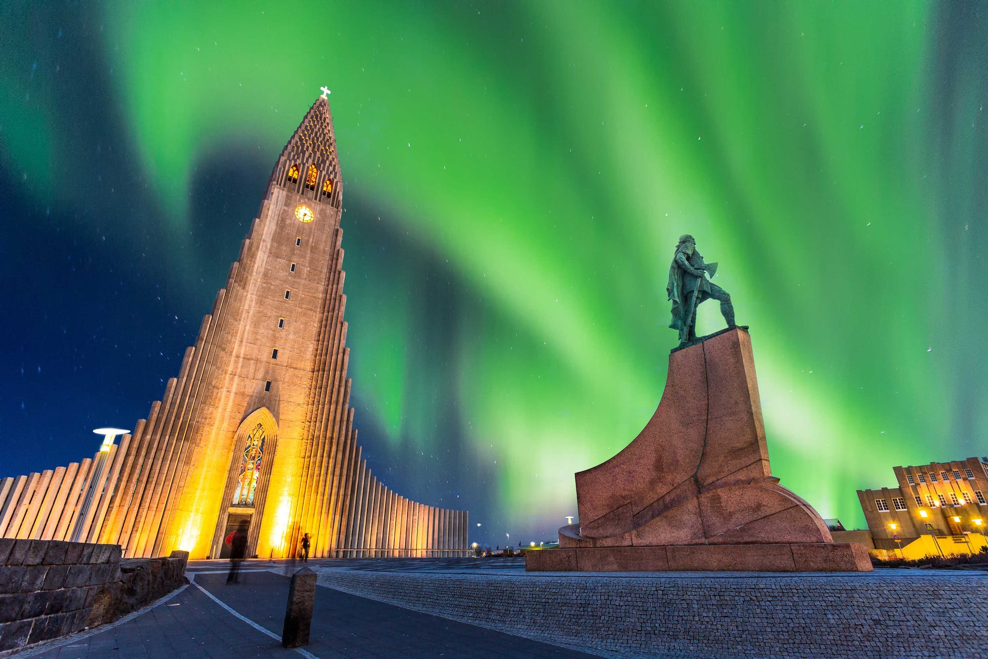 After seeing this photo of the aurora you will hire a campervan in Reykjavik Iceland