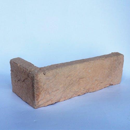Lazio Holland Brick Corner