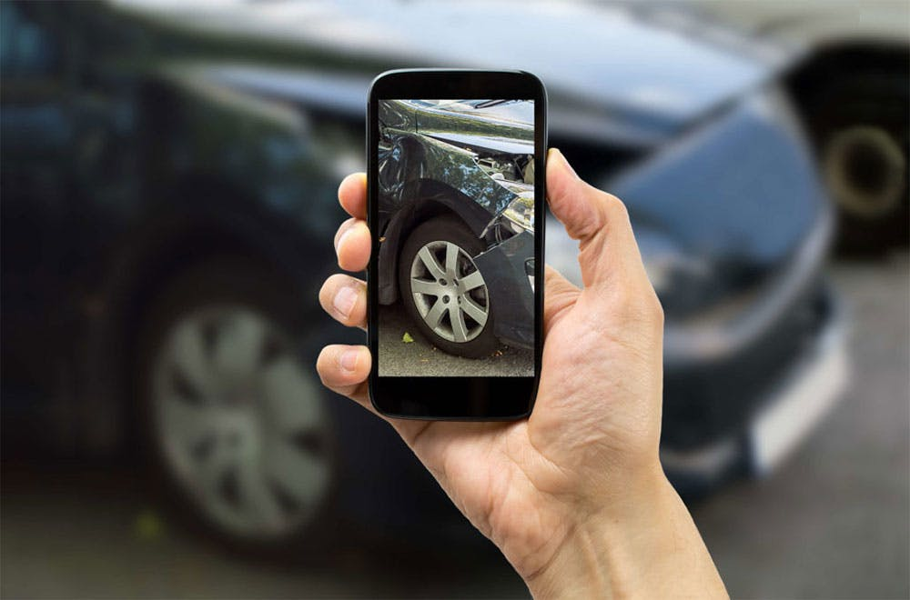 Tips for Navigating Insurance After a Wreck