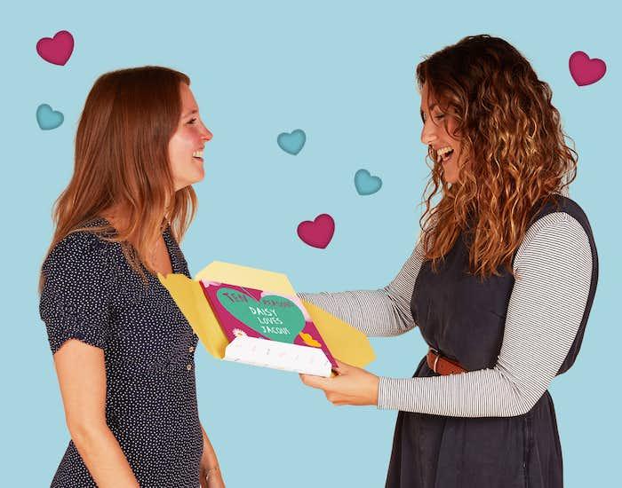 Couple gifting Ten Reasons I Love You