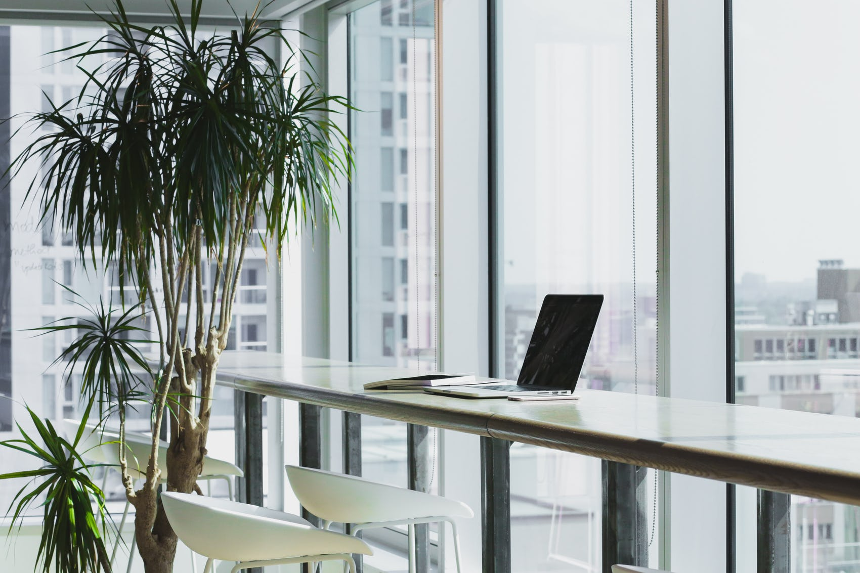 4 Ways to Make Your Coworking Space Stand Out