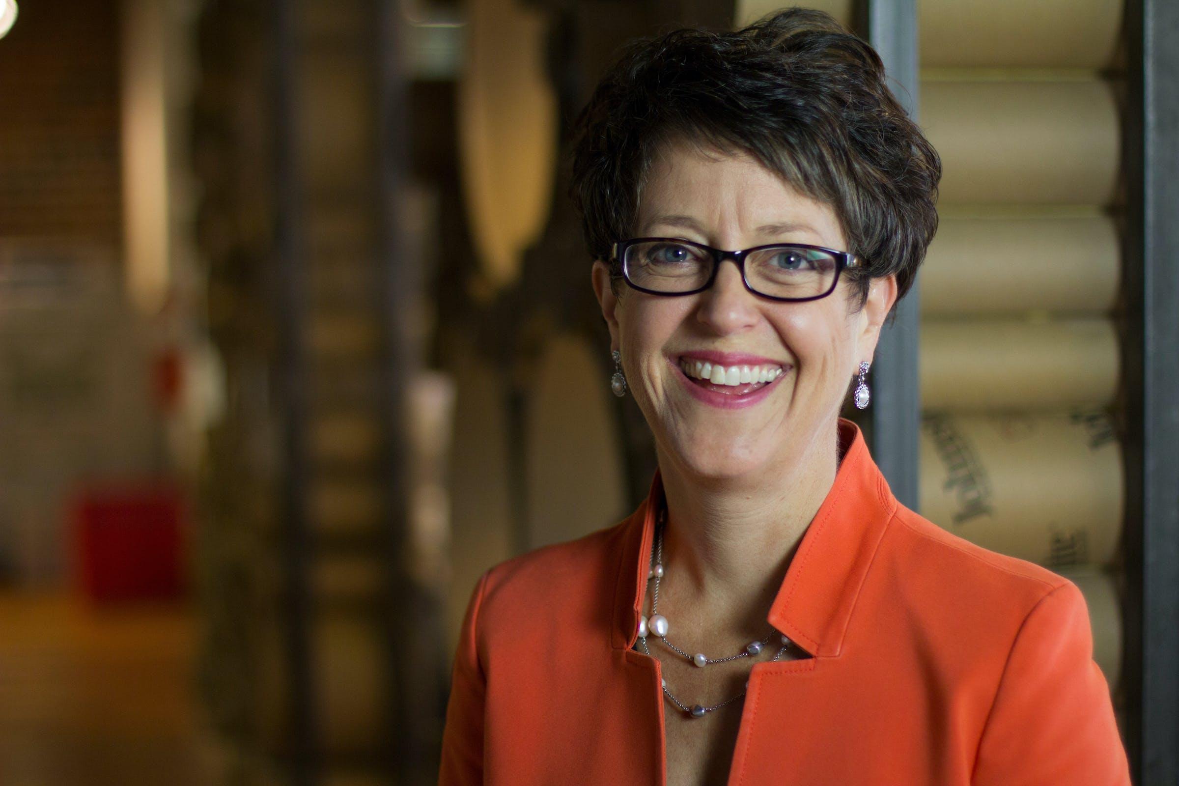 Portrait of Suzanne Shelton