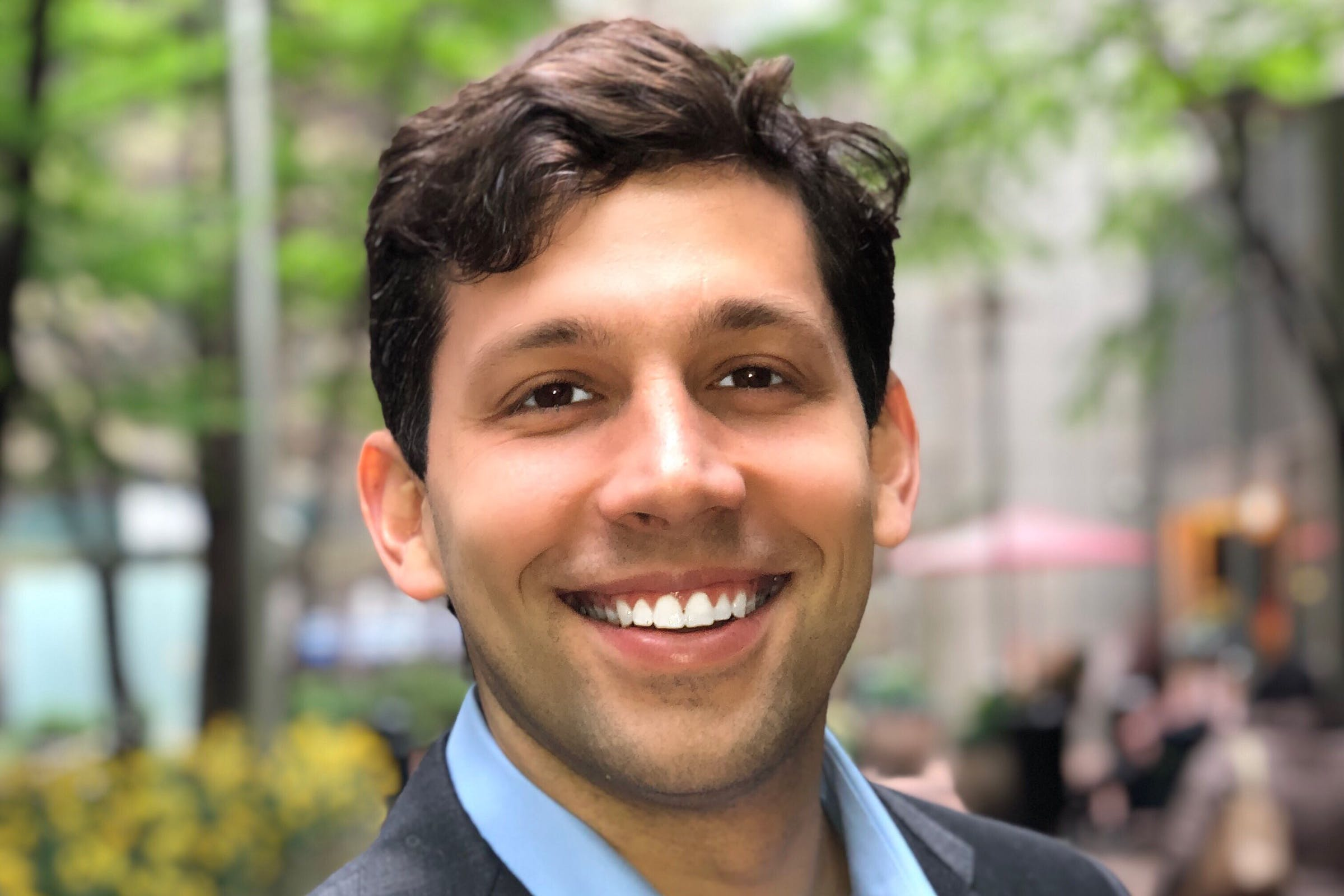 Headshot of Givz founder, Andrew Forman