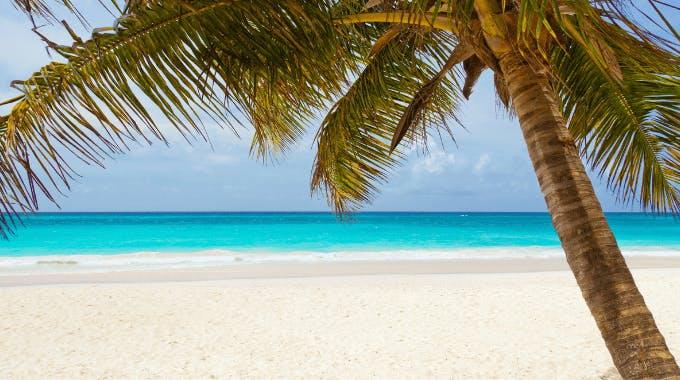 Geld Sparen beim Urlaub und Sparen im Urlaub