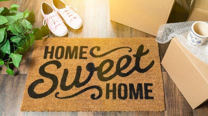 Fußmatte mit Spruch Home sweet Home - auf Bonitätsprüfung für Mieter Seite