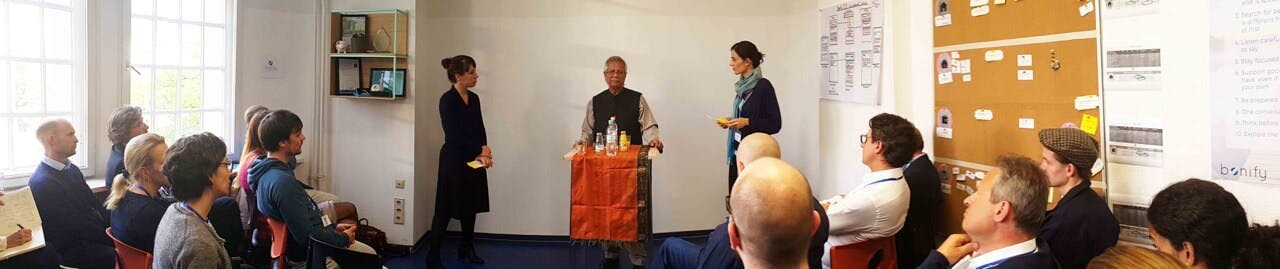 Muhammad Yunus zu Gast bei bonify in Berliner Büro