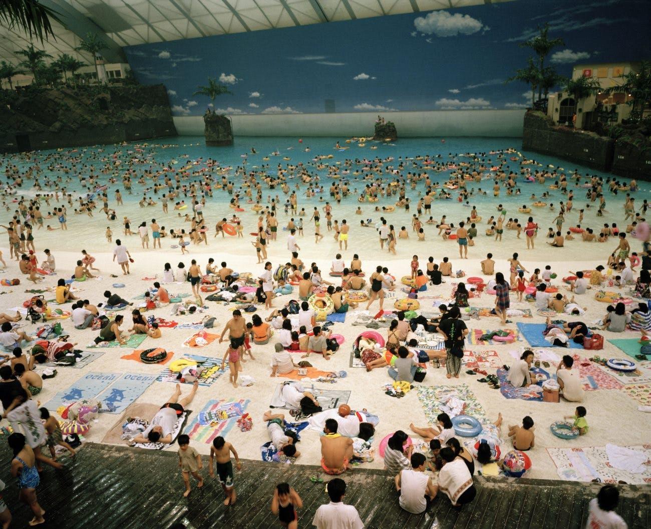 Mer artificielle sous un dome, Miyazaki, Japon (1996)