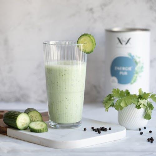 Energie-pur-Gurke-kefir-smoothie-xbyx-menopause-frisch-kuehl-sommer