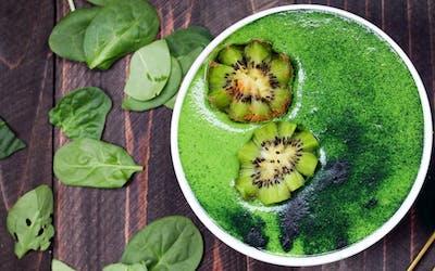 smoothie bowl grün rezept