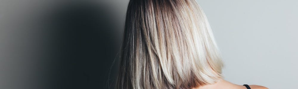 haare-duenn-haarausfall-kräftig-wechseljahre-grau