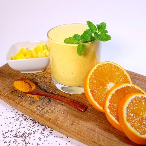 gelber smoothie wechseljahre