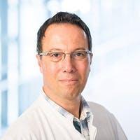 Experte XbyX Dr. Vincenzo Bluni