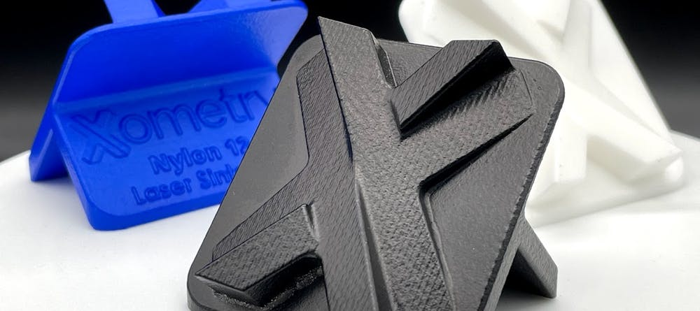 Chemical vapor smoothing of 3D printed plastics