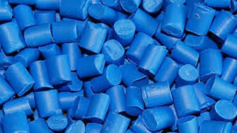 Injection molding pellets