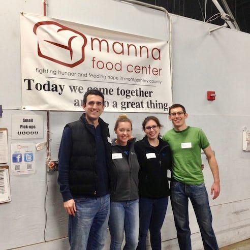 Xometry team volunteering at Manna food center