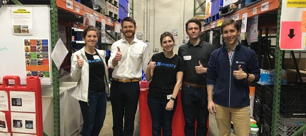 Xometry Employees Volunteering