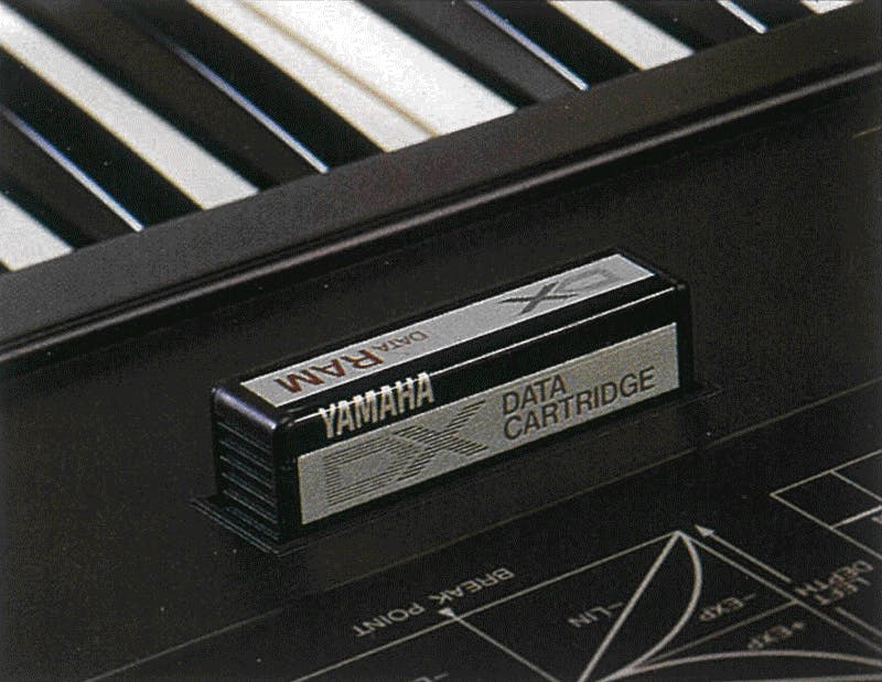 Yamaha RAM1 in a DX7