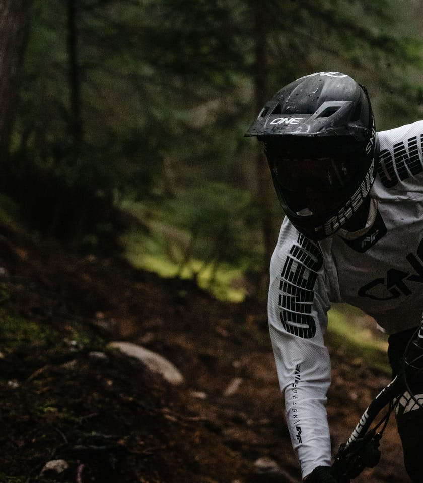 Kasper Woolley cornering in dark woods
