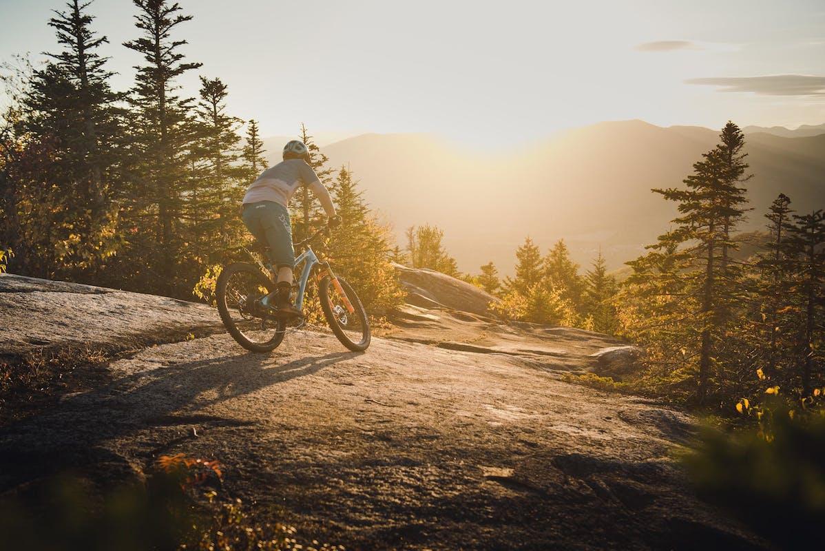 Adam Morse riding a slab in New Hampshire
